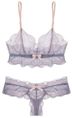 Vintage Lingerie Eberjey - I was just looking at this little sweetheart piece the other day! I so covet thee pretty little lingerie! by elvia Lingerie Chic, Lingerie Fine, Jolie Lingerie, Sheer Lingerie, Pretty Lingerie, Beautiful Lingerie, Lingerie Sleepwear, Vintage Lingerie, Nightwear