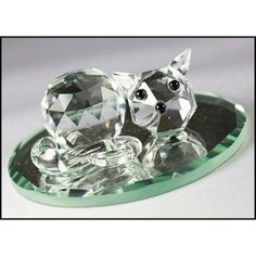 This beautiful Boda Crystal cat ornament sleeping on a mirror makes a great gift or fabulous addition to any crystal ornament collection or the best give to a Cat Lover. Crystal Gifts, Special Birthday, Don't Forget, Swarovski Crystals, Great Gifts, Thoughts, Boutique, Ornaments, Type