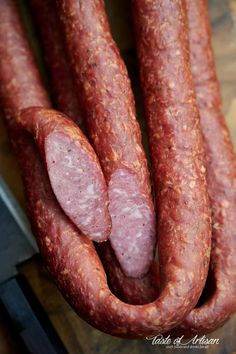How to make Kielbasa - Traditional Polish Sausage Texas Sausage Recipe, Polish Sausage Recipes, Homemade Sausage Recipes, Venison Recipes, Polish Recipes, Smoker Recipes, Polish Food, Charcuterie, Chorizo