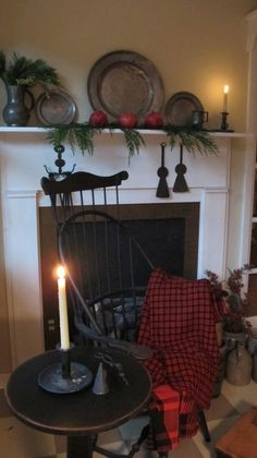 Farmhouse colonial decor chairs Ideas for 2019 Primitive Fireplace, Primitive Homes, Country Primitive, Primitive Mantels, Country Sampler, Prim Decor, Country Decor, Farmhouse Decor, Primitive Decor
