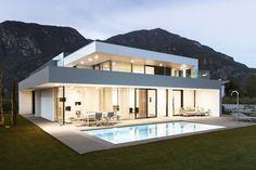 001 Planos de casa moderna modelo 2013 con iluminación perfecta sostenible verdadera elegancia Italiana