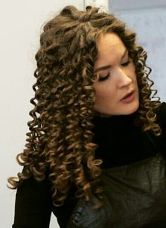 Spring Hairstyles, Permed Hairstyles, Curly Perm, Spiral Curls, Super Long Hair, Perms, Curly Hair Styles, Hair Beauty, Dreadlocks