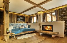 Chalet Suite in the Bavarian Forest - with sauna, whirlpool and much more. Chalet Suite in the Bavarian Forest – with sauna, whirlpool and much more. Bavarian Forest, Chalet Interior, Chalet Style, Sauna, Interior Design Inspiration, Home And Garden, House Design, Furniture, Home Decor