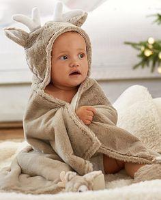 sweet reindeer bath wrap http://rstyle.me/n/ttyf5r9te