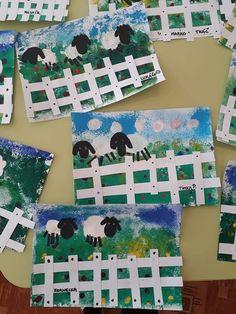 Foreground middle ground and background grade maybe – Artofit Art Drawings For Kids, Art For Kids, Drawing For Kids, Crafts For Kids, Kindergarten Art, Preschool Art, First Grade Art, Inspiration Art, Farm Art