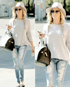 Ashley Tisdale | 19.10 Leaving Aroma Cafe in Studio City