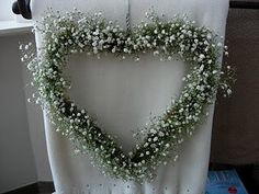 Gypsophila, clever decorations, heart form with baby's breath - could use at the ceremony and then the reception as well Our Wedding, Dream Wedding, Winter Wedding Flowers, Ideas Hogar, Gypsophila, Wedding Ceremony Decorations, Wedding Chairs, My Flower, White Flowers