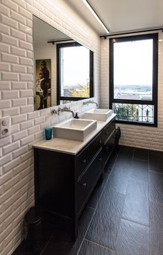 √ Stunning Complete Bathroom Remodel Inspirations To Enhance Your Home In 2019 masterbathroomremodel Small Bathroom Inspiration, Guest Bathroom Remodel, Minimalist Bathroom Design, Boys Bathroom, Bathrooms Remodel, Diy Bathroom Remodel, Art Deco Bathroom, Cozy Bathroom, Bathroom Renovations