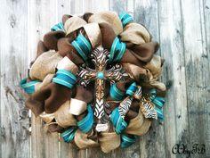 Burlap XL wreath with cross. via Etsy. Cute Crafts, Crafts To Do, Arts And Crafts, Diy Crafts, Diy Wreath, Wreath Ideas, Wreath Making, Deco Mesh Wreaths, Burlap Wreaths