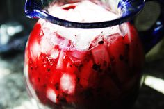 blackberry-lemonade-pitcher