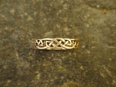 Celtic Knot 14K Gold Ring Band by peteconder on Etsy