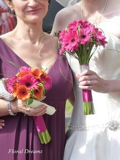 Gerbera Daisies Wedding Bouquet @Molly Simon Schaeffer