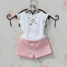 Kids blouse summer 2018 t-shirts for teenage girls large white chiffon blouses for girls flower design Tops fashion clothes for girls - Fashion - [post_tags Kids Outfits Girls, Little Girl Dresses, Shirts For Girls, Girls Fashion Clothes, Baby Girl Fashion, Kids Fashion, Kids Clothing, Baby Outfits, Girls Blouse