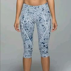 Lululemon Pedal Pace Crops Crushed Star Silver Fox Euc worn twice size dot confirmed but tag has been cut out. Great crops! Offers welcome! lululemon athletica Pants