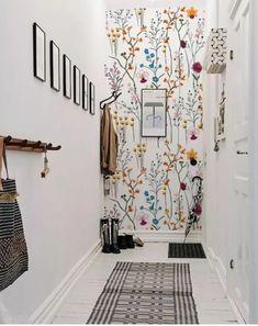 Papel pintado con flores Helle Wallpaper, Bright Wallpaper, Diy Wall Decor, Home Decor, Entryway Decor, Bedroom Styles, Flower Wall, Wall Colors, Decorating Tips