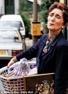 June Brown hints she will retire as EastEnders' Dot Branning next year Eastenders Cast, Eastenders Actresses, June Brown, Opera Show, People Smoking, Uk Tv, Tv Soap, Watch Tv Shows, Bbc One