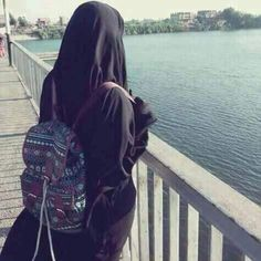 Niqab Fashion, Modern Hijab Fashion, Modesty Fashion, Hijab Niqab, Muslim Hijab, Mode Hijab, Arab Girls Hijab, Muslim Girls, Muslim Women