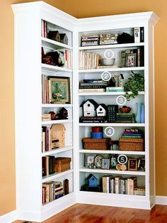 20 Ideas for living room shelves display bookshelf styling Styling Bookshelves, Corner Bookshelves, Book Shelves, Bookshelf Ideas, Organizing Bookshelves, Arranging Bookshelves, Decorate Bookshelves, Open Bookcase, Ikea Shelves