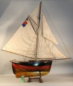 Old pond yacht cutter rigged