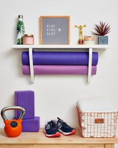 Home office on a budget apartment therapy Ideas for 2019 Diy Home Gym, Home Gym Decor, Workout Room Home, Workout Rooms, Workout Room Decor, House Workout, Living Room Storage, My Living Room, Small Living