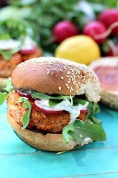 Lemon Dill Spicy Salmon Burger
