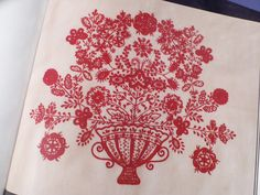 portuguese embroidery | Portuguese Patterns / Bordado de Guimarães Guimarães' embroidery