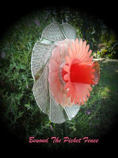 Repurposed Glass Garden Flower, Wall or Garden Art - Made of Vintage Glass/China Plates by Beyond the Picket Fence Aust Glass Garden Flowers, Glass Plate Flowers, Glass Garden Art, Flower Plates, Glass Art, Garden Whimsy, Garden Deco, Garden Ornaments, Outdoor Art
