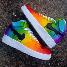 Impressively smooth airbrushed rainbow gradient on these 🔥customs from @blu_ray_customs Air Force Sneakers, Nike Air Force, Sneakers Nike, Custom Sneakers, Smooth, Rainbow, Shoes, Fashion, Nike Tennis