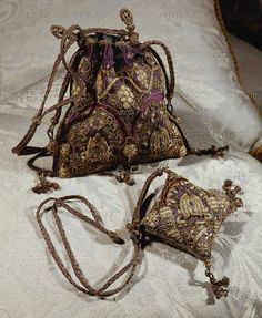 RENAISSANCE TEXTILES:ALL 16TH   Needlework-bag and pin-cushion of Queen Elizabeth I. (1533-1603)   Alnwick Castle, Alnwick, Great Britain