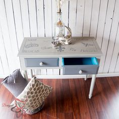 French-Stenciled-Entry-Table-Painted- Furniture - www.designeddecor.com #fabsponsor #DecoArt- painted desk