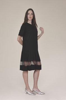 T-shirt dress with mesh 185.00$