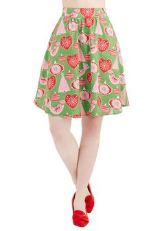 See You Festoon Skirt - Mid-length, Green, Red, Pink, Print with Animals, Novelty Print, Casual, Holiday, Quirky, Critters, Bird. Size, M