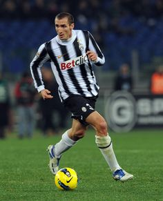 Giorgio Chiellini - juventus World Football, Football Soccer, Football Players, Most Popular Sports, Coaching, Club, Stars, Fashion, Soccer