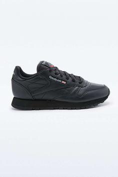 Reebok Classic Leather Trainers in Black 1f35aa3f703