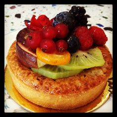 Fruit tart at The Patisserie in Vero Beach Indian River County, Vero Beach Florida, Fruit Tart, Best Dining, Cheesecake, Snacks, Breakfast, Desserts, Food