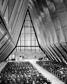 United States Air Force Academy Cadet Chapel. El Paso Country, Colorado.  Skidmore, Owings & Merrill.1954. Photo: Stewarts Commercial Photography