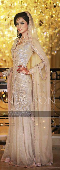 Beautiful #Pakistani Bride, Photo by #IrfanAhson @pakbridals #Karachi https://www.facebook.com/iamkairos/