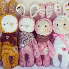 My sweet little friends are looking for a new home.... Pattern @amalou.designs #knittinglove #crochetlove #crochetwithlove #marleensmadeforyou #häkelnisttoll #amigurumidoll #rabbits #doityourself #bunnies #babygift #newborn #häkelliebe #birthdaypresent