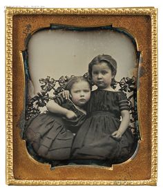 American School, 19th Century Sixth-plate Daguerreotype of Two Young Girls | Sale Number 2727B, Lot Number 125 | Skinner Auctioneers