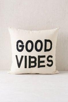 170 Coussin Ideas Marilyn Monroe Artwork Yvonne Coomber Art Funny Throw Pillows