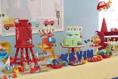 Resultado de imagem para aniversário infantil meios de transporte 2nd Birthday Party For Boys, Trains Birthday Party, Birthday Party Themes, Lincoln Birthday, Transportation Birthday, Blog, Baby Shower, Party Time, David