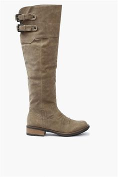 Noe sånt vil jeg ha i vinter. Manhattan Boots in Taupe Crazy Shoes, Me Too Shoes, Heeled Boots, Shoe Boots, Flat Boots, Baskets, Riding Boots, Style Me, Fashion Shoes