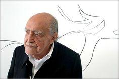 15 de diciembre   Nace el arquitecto Oscar Niemeyer  