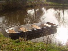 Barque Barque de pêche  Barque à fond plat  Barque aluminium Barque alu  Barque soudée en alu Barque plastique Barque d'occasion Barque balade promenade Barque design