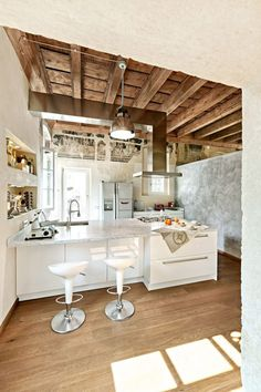 The Mix of Modern and Traditional Interior in the Dream Apartment. Have the stools similar exposed ceiling. Dream Apartment, Apartment Interior, Kitchen Interior, Kitchen Design, Space Kitchen, Kitchen Island, Traditional Interior, Modern Interior, Interior Architecture