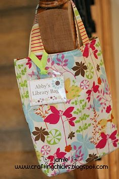 6442b023022e DIY Library Bags   Tags for Summer Reading