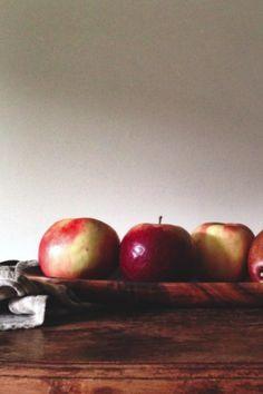 Visit The Avant-Garden for a homemade Apple Whiskey Cider #recipe