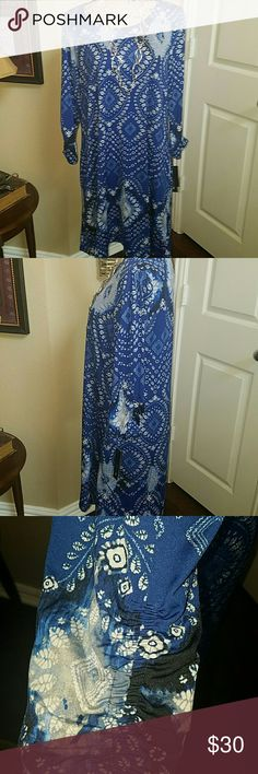 GORGEOUS AB STUDIO DRESS This dress is so pretty with its multi print of the blue, black and gray. It will be darling with a denim jacket or precious just by itself. It is is 96% polyester with 4% Spandex and has a lot of flow and stretch. It has pockets as well as beautiful ruched sleeving. Very classy looking. Brand new with tags this is a must! 10 Crosby Derek Lam Accessories Hair Accessories
