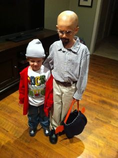 Some parents dressed their kids up as Walt and Jesse from Breaking Bad hahahahahah