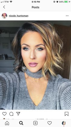 Bob Haircuts: 60 Hottest Bob Hairstyles for 2019 - Hairstyles Trends Stacked Bob Hairstyles, Hairstyles Over 50, Short Hairstyles For Women, Short Thin Hair, Short Hair Styles, Cute Brunette, Brunette Bob, Asymmetrical Pixie, Long Faces
